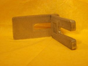AU-2062C Leaf Spring Wedges 3 degrees
